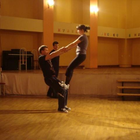 Занятие по сценическому движению
